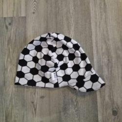 mustavalkoinen jalkapallo lippapipo